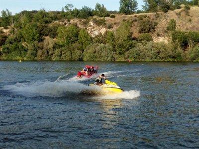 Moto acuática y banana boat en San Rafael y comida