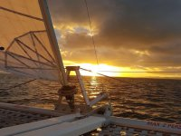 Disfrutando de una puesta de sol en el Mediterráneo