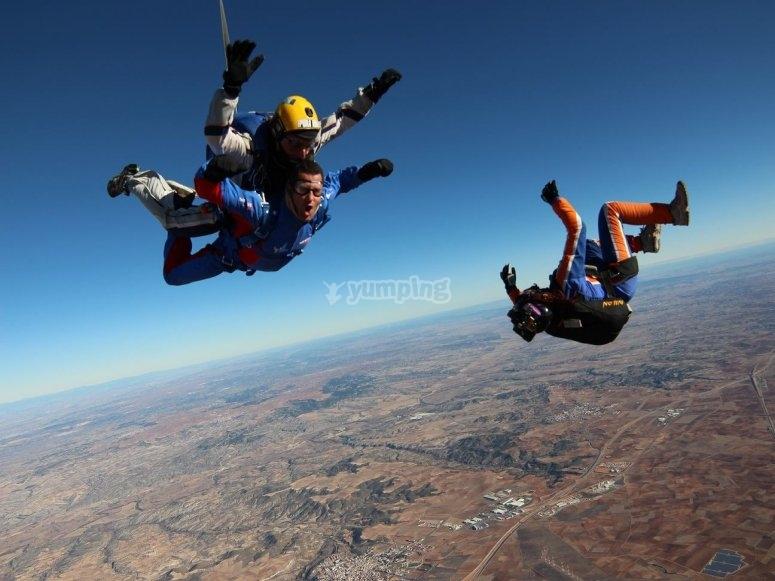 Skydiving offer in Madrid