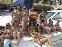 Divertida despedida de soltera en el barco