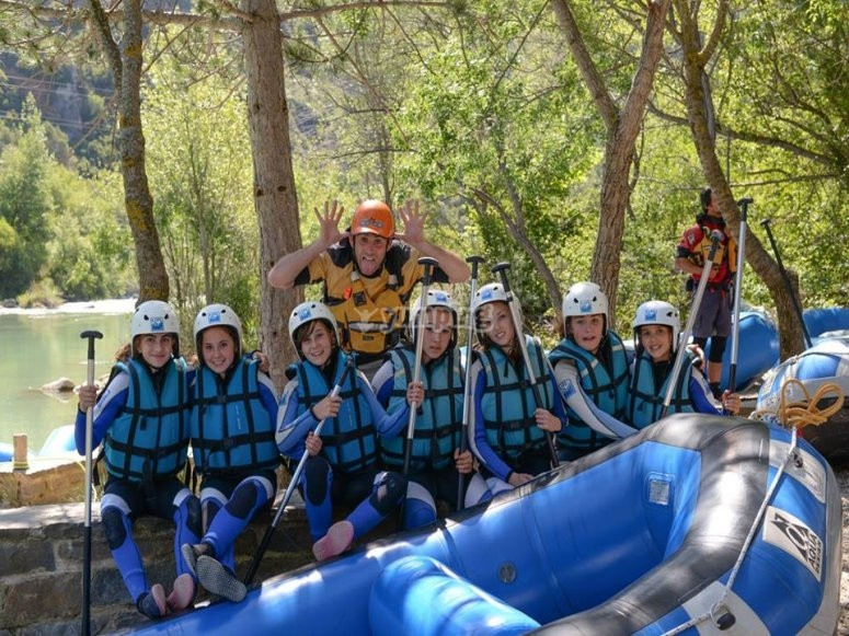 Kids ready to rafting in Murillo de Gallego