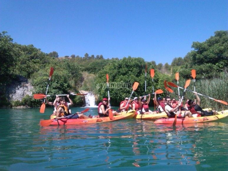 皮划艇在泻湖