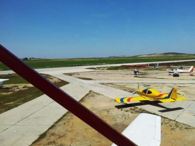 Light aircraft flight in Sevilla, 1 hour