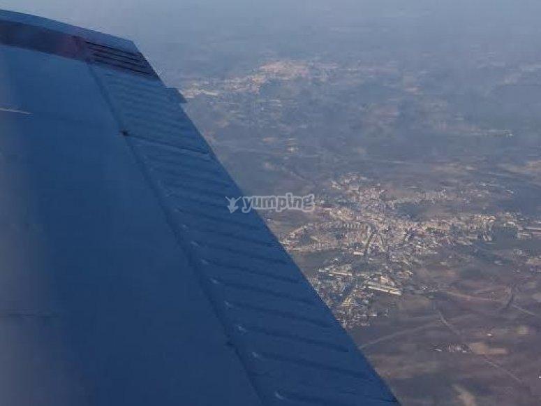 volando por Sevilla.