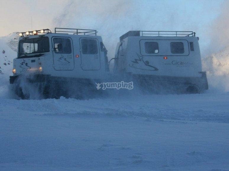 Vehículo de nieve 4x4