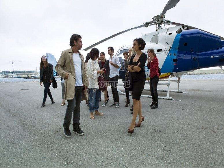 Personas para montar en helicoptero