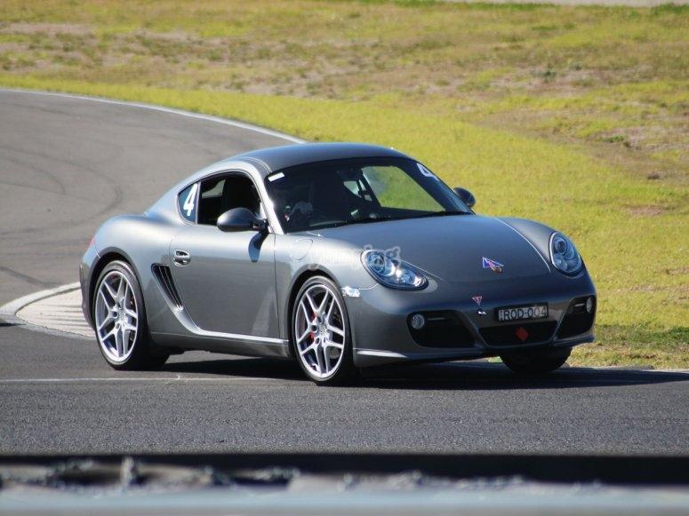 Porsche Cayman en el circuito