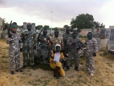Addio con paintball Granada 100 palline e Burger