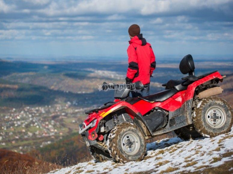 Ruta de quad por la montaña