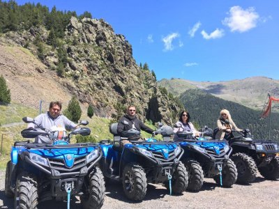 Tratta quad a due posti a Ordino Andorra 2 ore