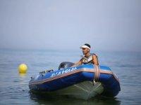 上的脚蹬船上的脚踏船在太阳海岸