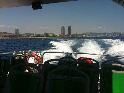 Pasear en barco desde Port Vell 40 minutos