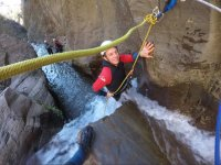 Passing the canyon of Paterna with ropes