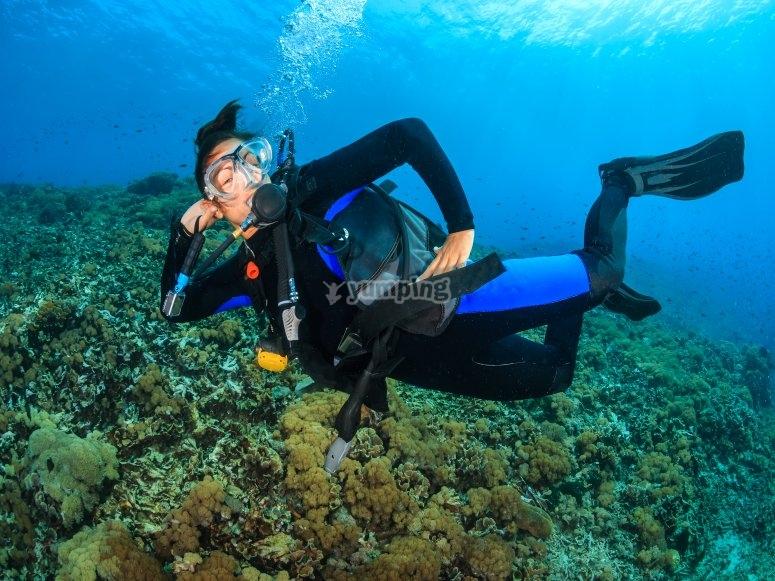 Posando en aguas abiertas del Mediterraneo