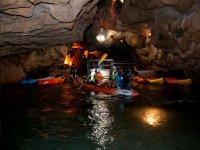 Kayak en las Coves de Sant Josep