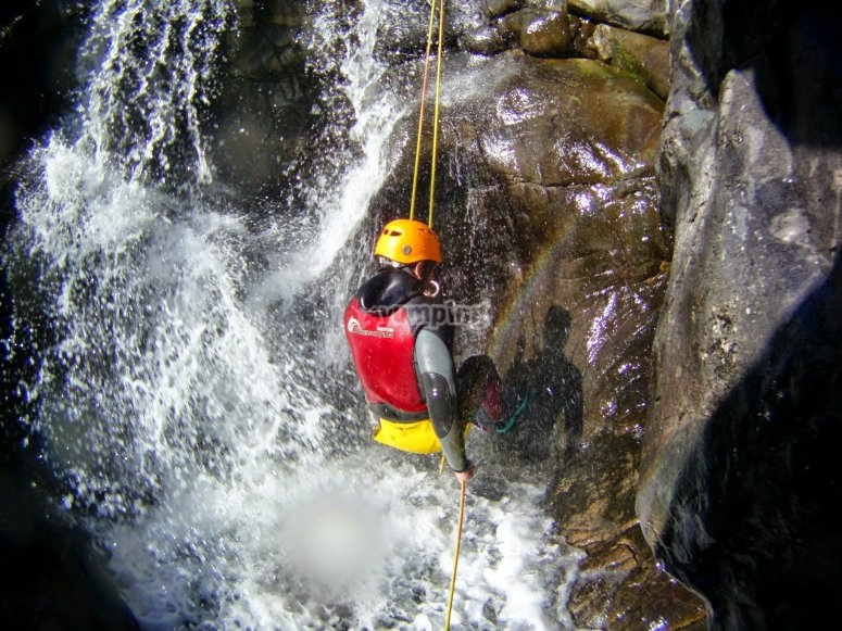 Abseiling in the Calzadillas canyon