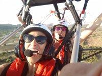 Diversión en el vuelo con paramotor