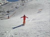 Clases grupales de esquí niños en Astún 1h