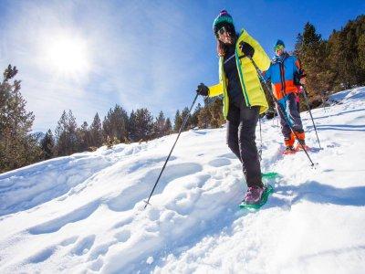 Grandvalira Snowshoe Excursion 5小时