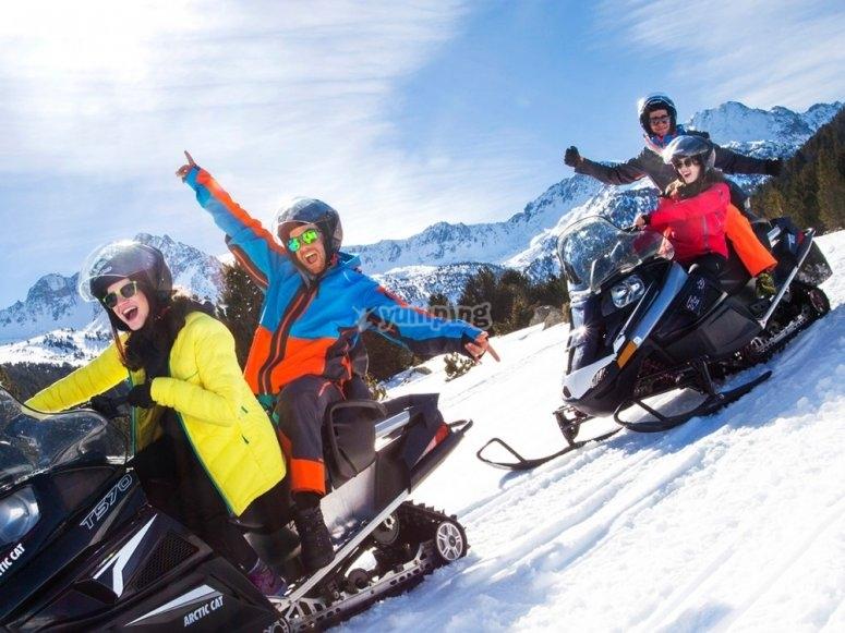 Excursion en moto de nieve