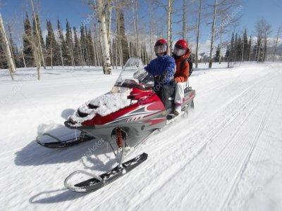 Ruta en Moto de Nieve en Grandvalira Niños 10 min