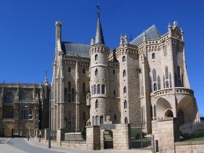 Visita guiada por Astorga y transporte desde León