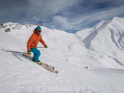 Clases esquí y alojamiento Jaca Puente Inmaculada
