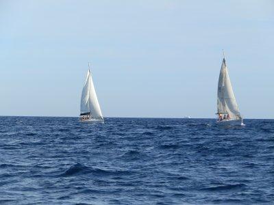 乘船游览巴塞罗那海岸2小时