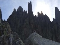 在Torreónde los Galayos爬山