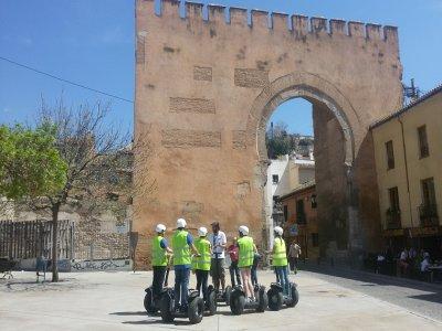 Ruta Premium en segway Albaicín y Sacromonte 2h