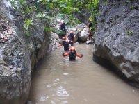 Pasando las zonas de agua del barranco