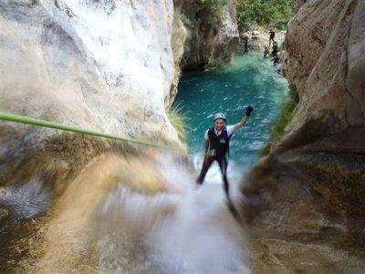 Descenso de Barrancos en Río Verde Granada