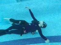 密闭水域潜水课程
