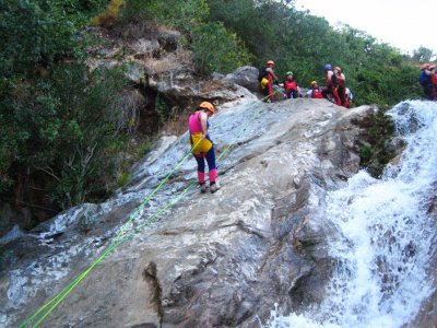 Barranquismo en Río Grande o Zarzalones Iniciación