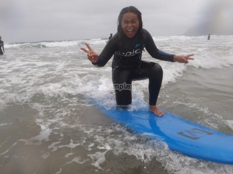 Disfruta de la sesion de surf