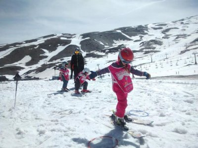 Skiing for Children Aged 4-8 + Equipment