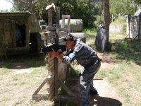 Disparando con laser al oponente