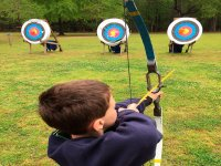 Small throwing arrow with the bow