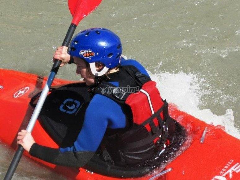 en el kayak.