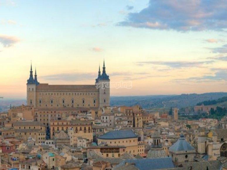 Alcazar de Toledo。