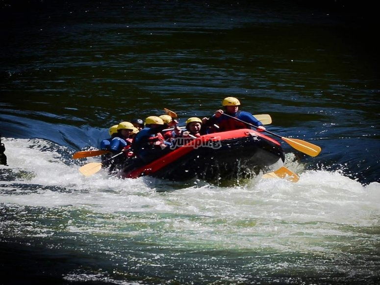 Rafting descent in groups in river Ulla