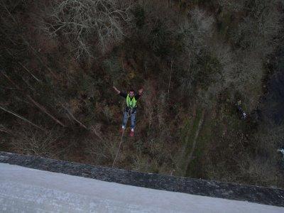 Salto de puenting en Ponte de Ceilán