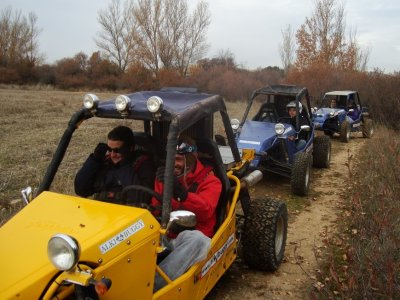 Instrada nel buggy team building 1h e barbecue El Casar