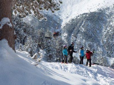 Esquiar en Cerler con alojamiento Puente Diciembre
