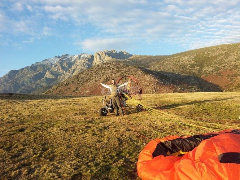 滑翔伞准备好的