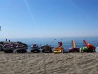 Diversi veicoli acquatici