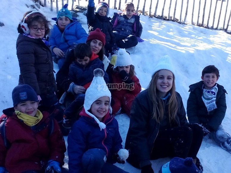在雪中传递它--999-所有伪装在圣诞营地