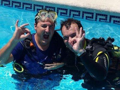 N2O2 Dive