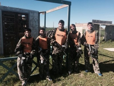 Paintball+hamburger for children in Toledo