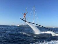 在伊维萨岛的水上飞板课程20分钟